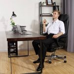 Songmics Fauteuil de bureau avec Appui-tête modulable Repose-pieds télescopique Chaise pivotant Design ergonomique Noir Grande taille OBG75B de la marque image 2 produit